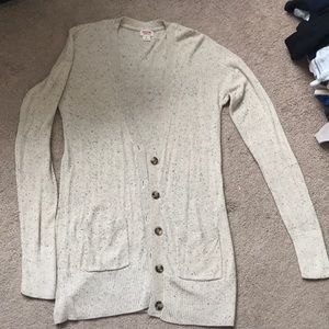 Never been worn comfy Mossimo cream cardigan